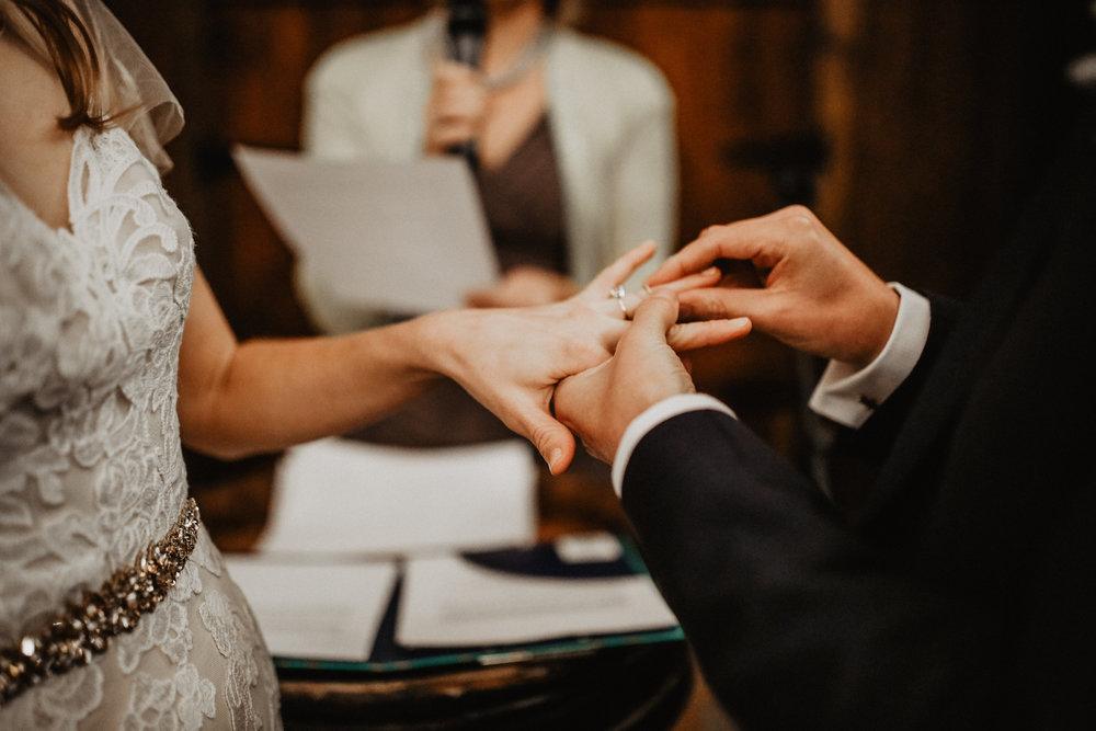BreRob_Married_2018-421.jpg
