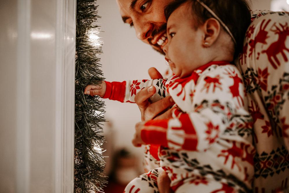 LizAlan_Christmas_2018-34.jpg
