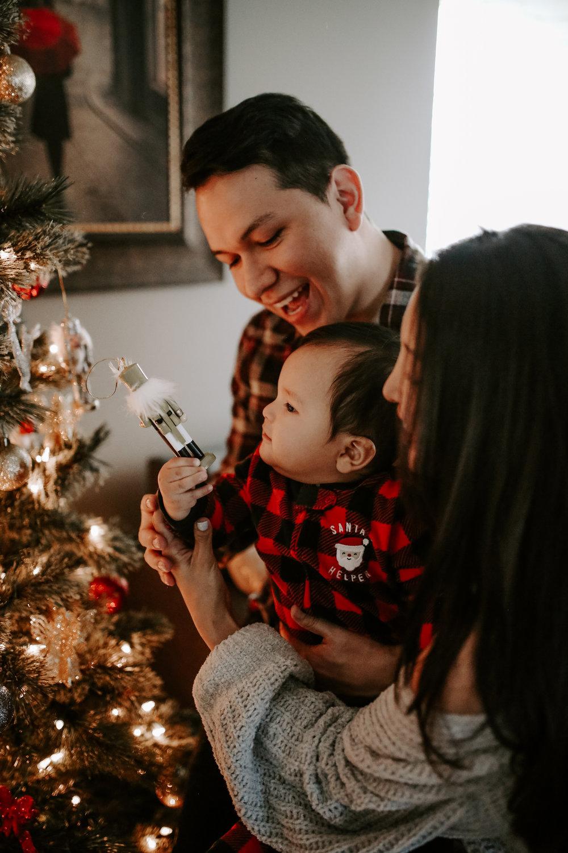 Camacho's_Christmas_2018-95.jpg