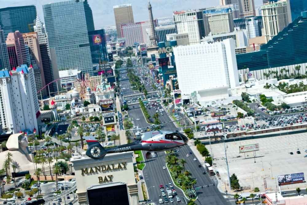 Maverick Helicopter flight Over Las Vegas Strip
