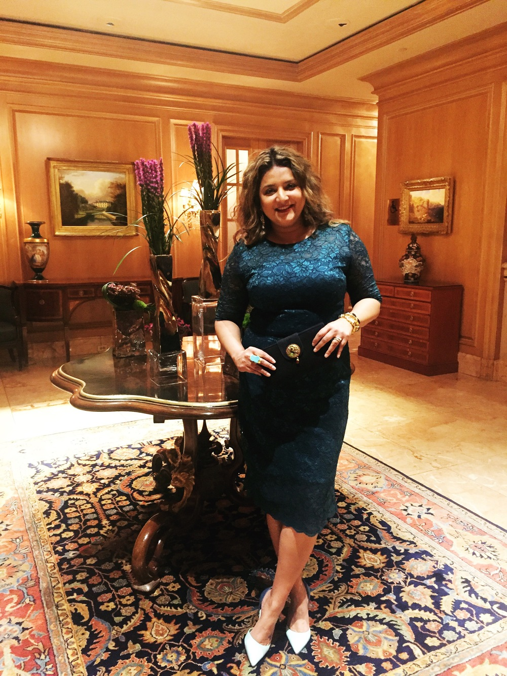 I wore Monique Lhuillier paired with Banana Republic pumps & a Bombay Taxi clutch, because I am nothing if not a good brand ambassador for my own boutique!