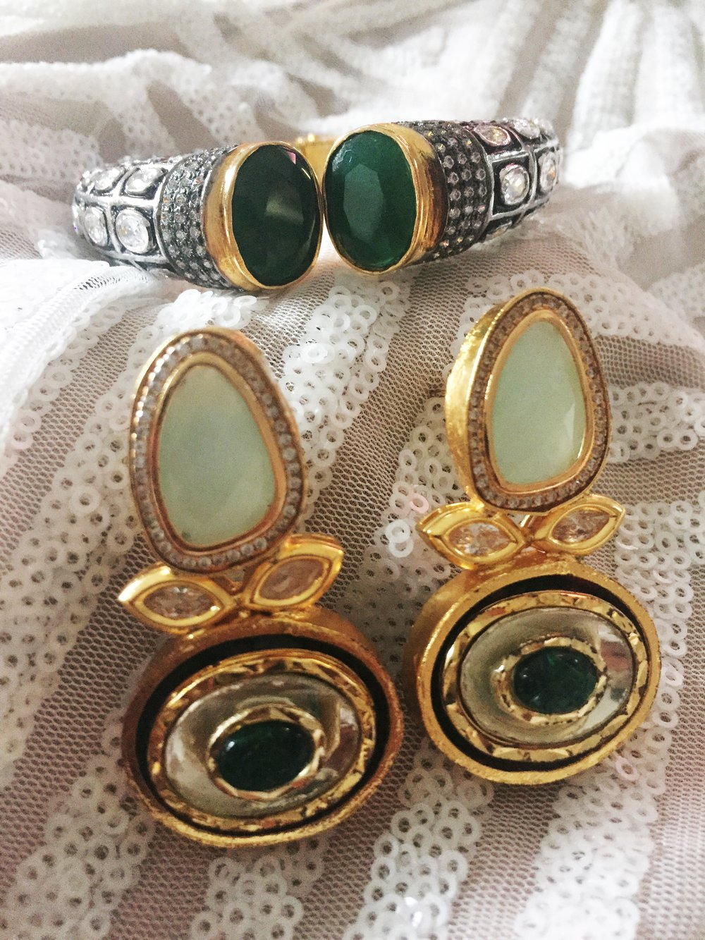 Statement bracelet and earrings emerald
