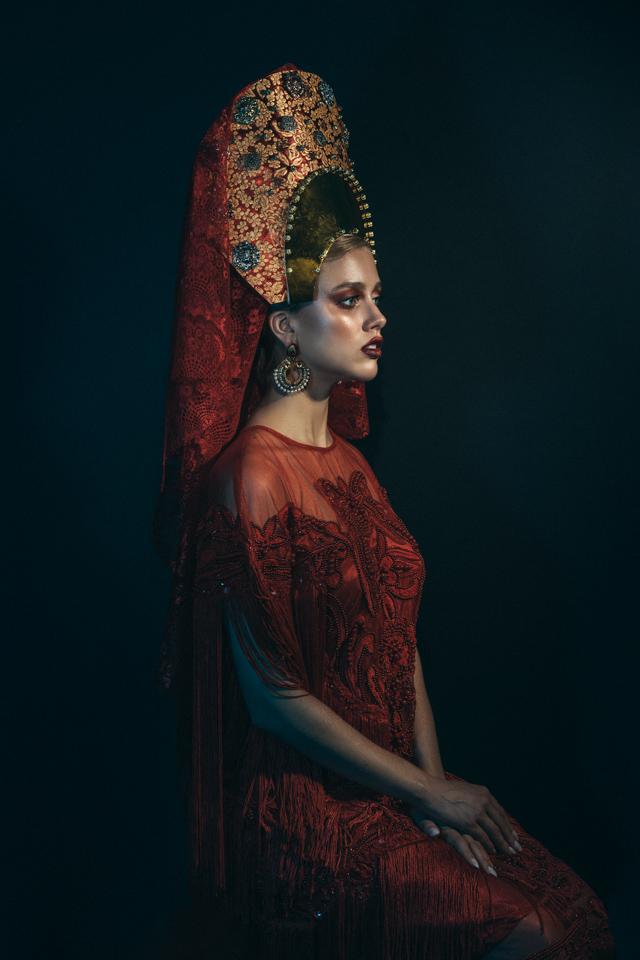 20180819-Elizabeth - Met Gala1202-Edit.jpg