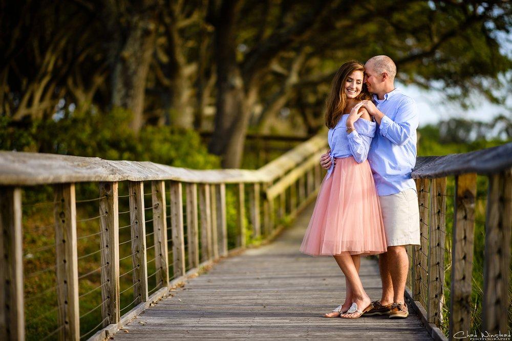 Julie&Daniel_FortFisher_Engagement_0004.jpg