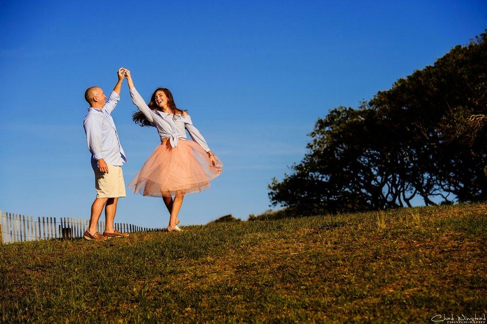 Julie&Daniel_FortFisher_Engagement_0009.jpg