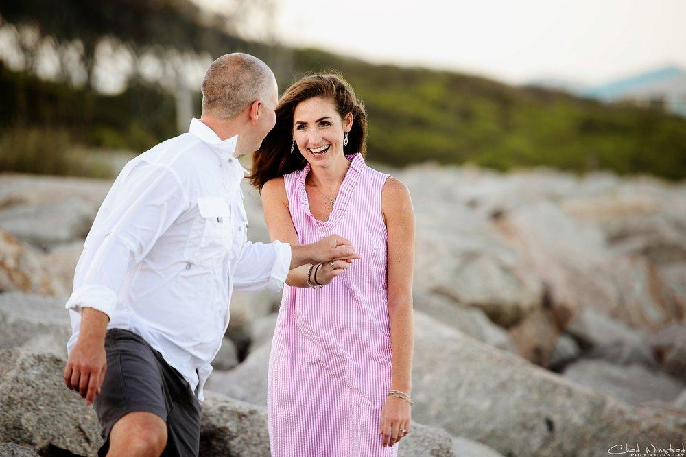 Julie&Daniel_FortFisher_Engagement_0020.jpg
