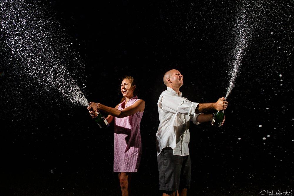 Julie&Daniel_FortFisher_Engagement_0026.jpg