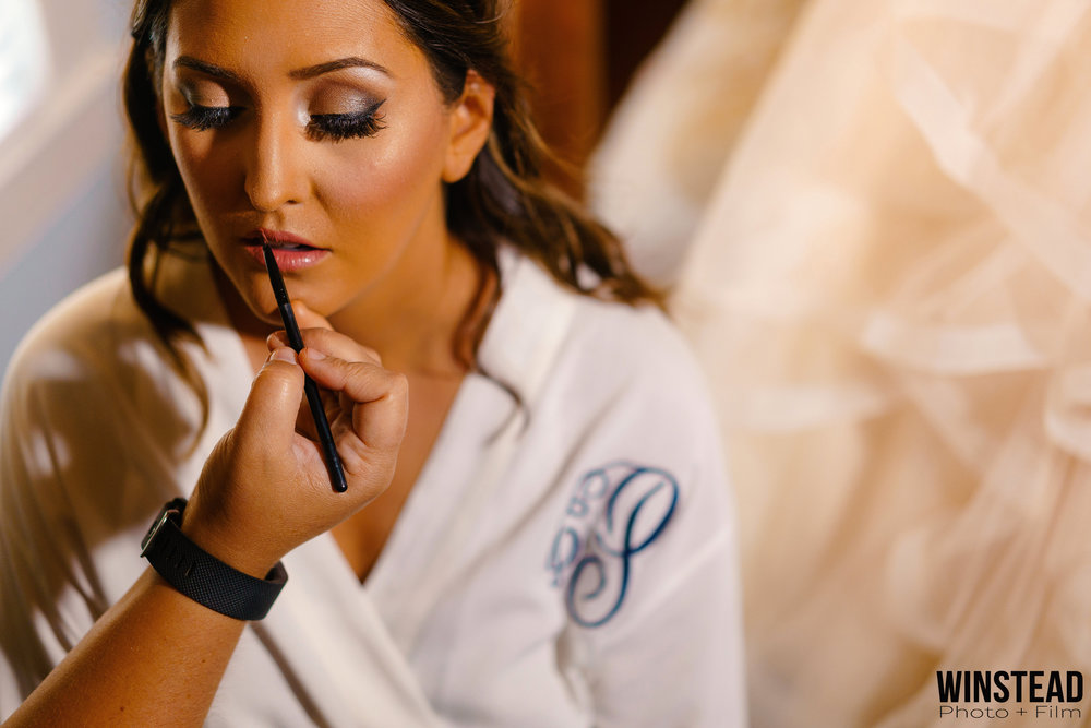 gorgeous-bridal-prep-wedding.jpg