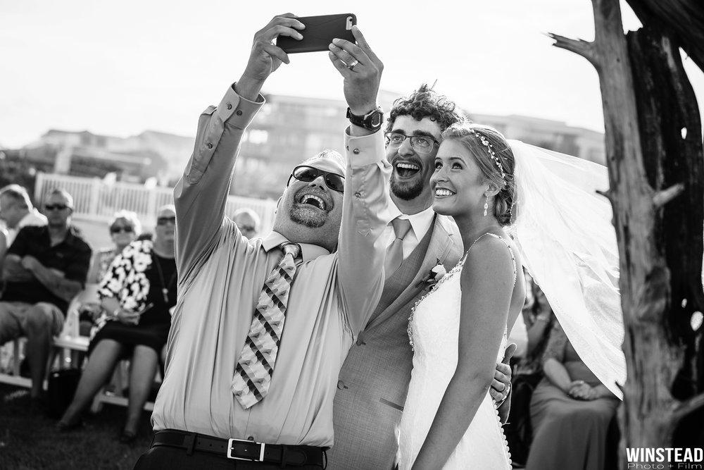Emerald-Isle-Wedding-Photographers-025.jpg