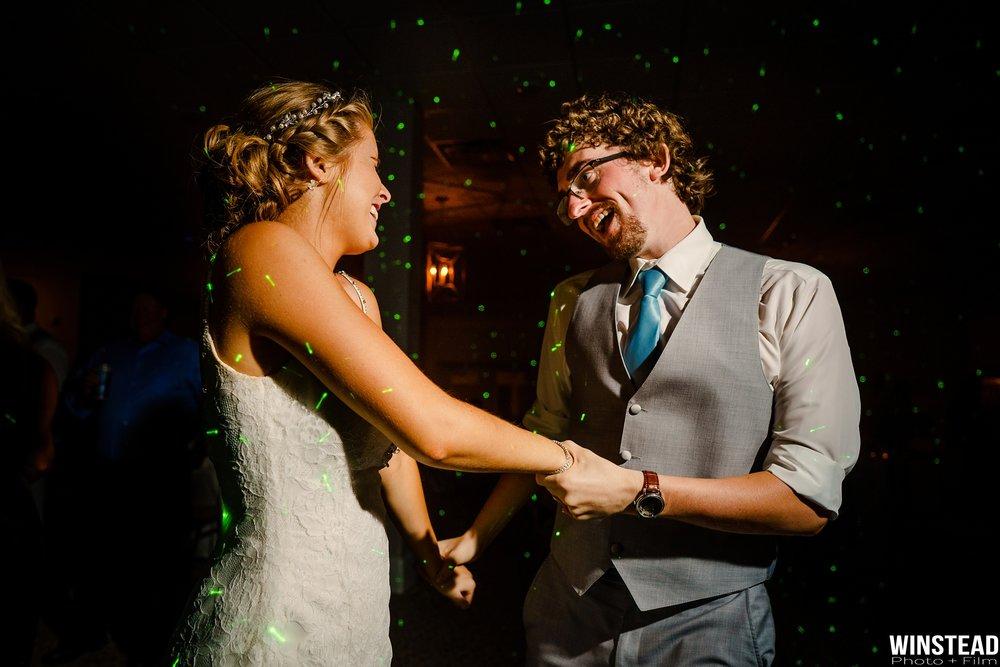 Emerald-Isle-Wedding-Photographers-054.jpg