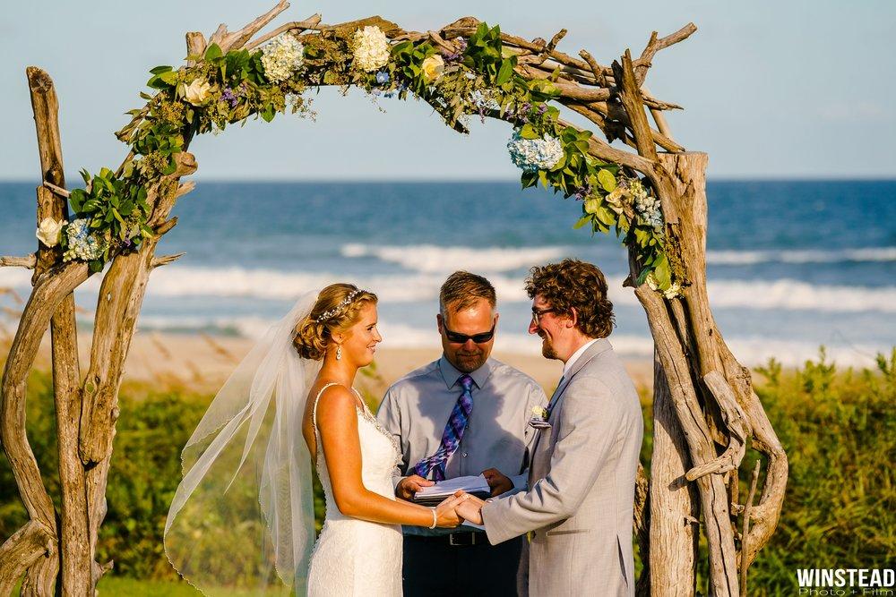 Emerald-Isle-Wedding-Photographers-020.jpg