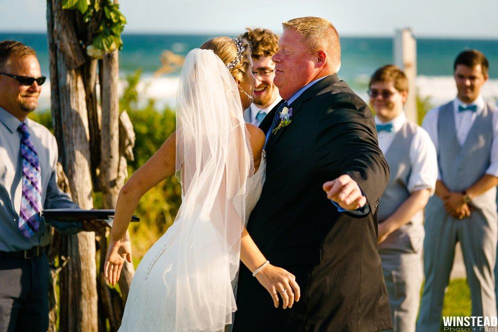 Emerald-Isle-Wedding-Photographers-015.jpg