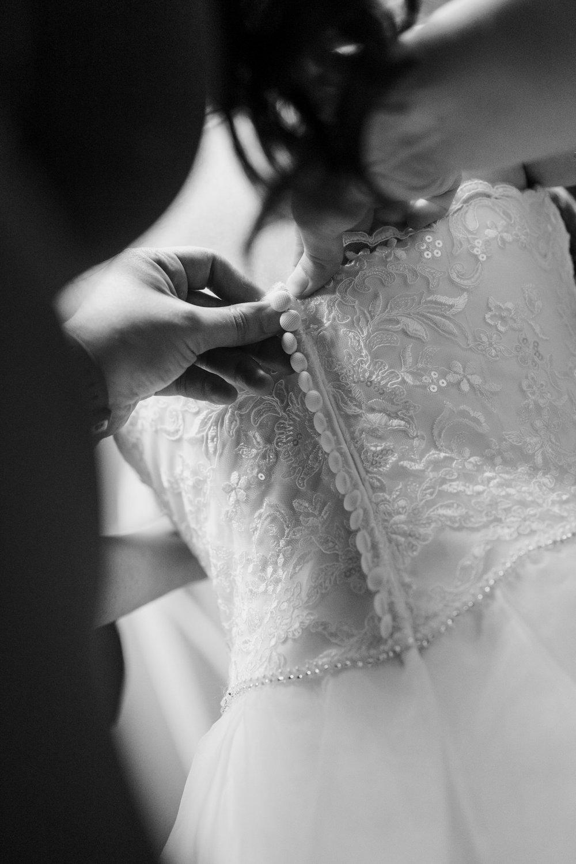 Rachel-Sagar-Garden-on-Millbrook-Wedding-in-Raleigh-NC-008.jpg