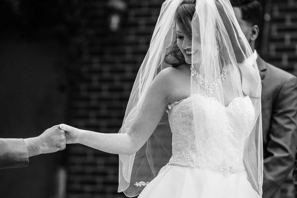 Rachel-Sagar-Garden-on-Millbrook-Wedding-in-Raleigh-NC-020.jpg