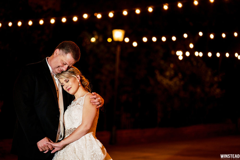 Raleigh-Wedding-Garden-on-Millbrook-Chad-Winstead_0025.jpg