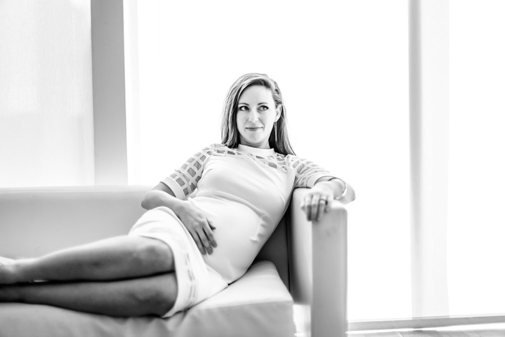 atlanta maternity high museum sister photoshoot 9.jpg
