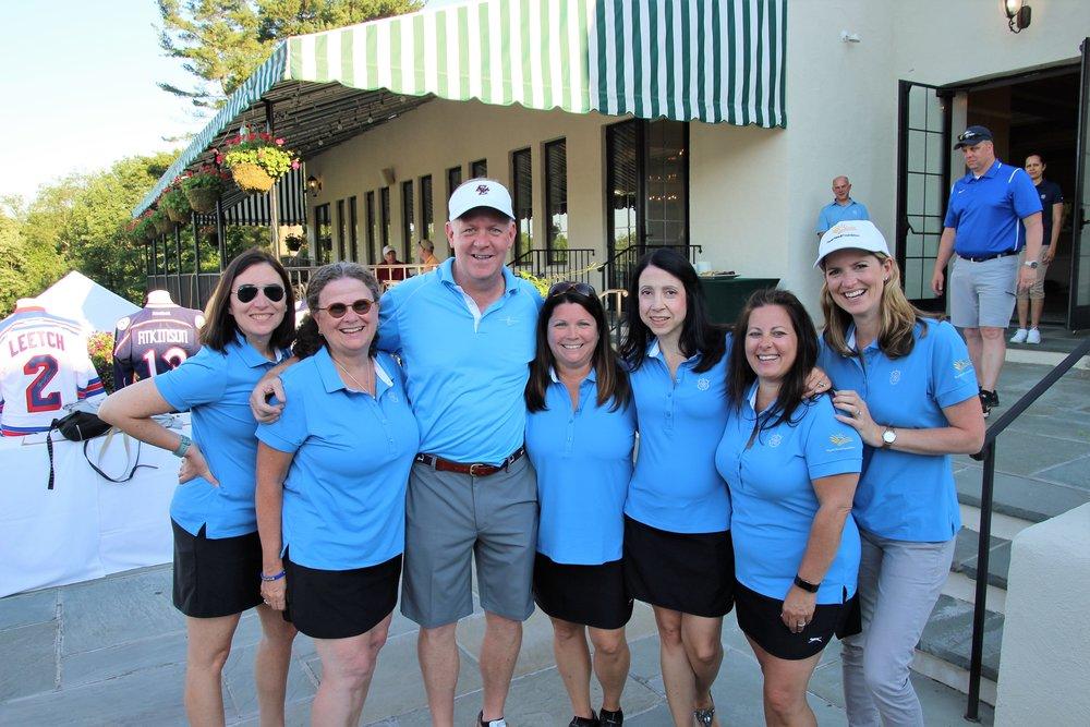 Left to Right: Kendra Becker, Sue Rahaim, Joe Hoffman, Lisa Ferretti, Marina Dicicco, Liz Rainone, and Aliyya shelley mattos at the 2017 paperseed charity golf tournament
