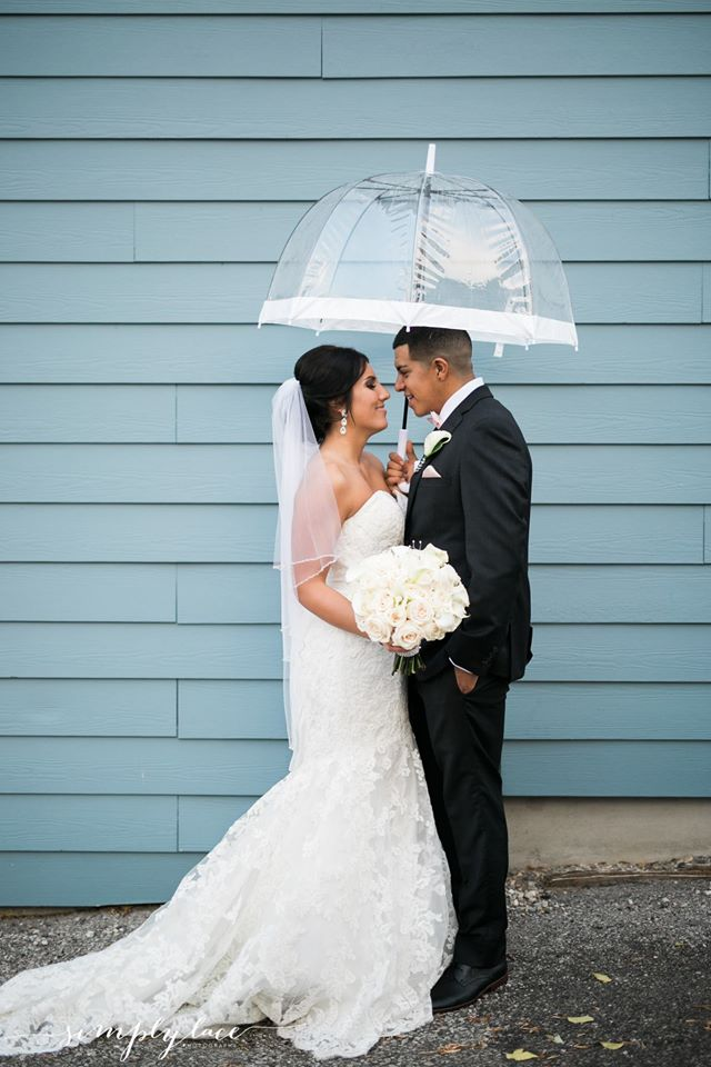 White Birdcage Umbrella. Photo: Simply Lace Photography