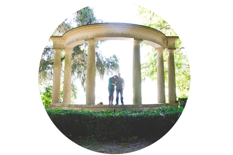 jaime-diorio-photography-outdoor-wedding-photographer-orlando-wedding-photographer-kraft-azalea-garden-park-engagement-session-in-winter-park-91.jpg