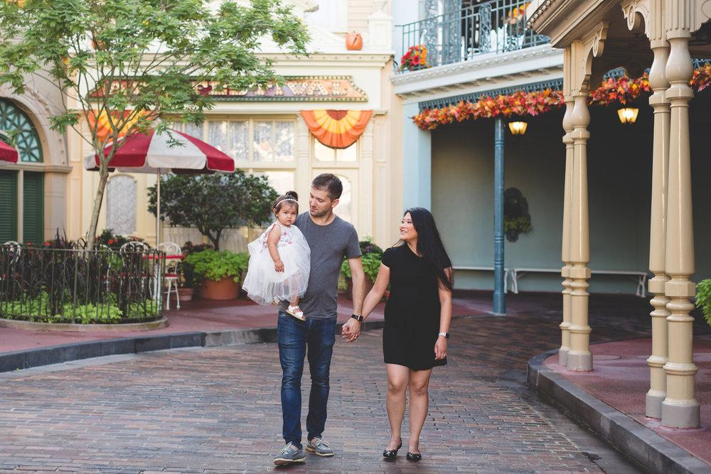 Jaime DiOrio - Disney Family Session - Orlando Family Photographer - Magic Kingdom Family Session - Documentary Photographer (9).jpg
