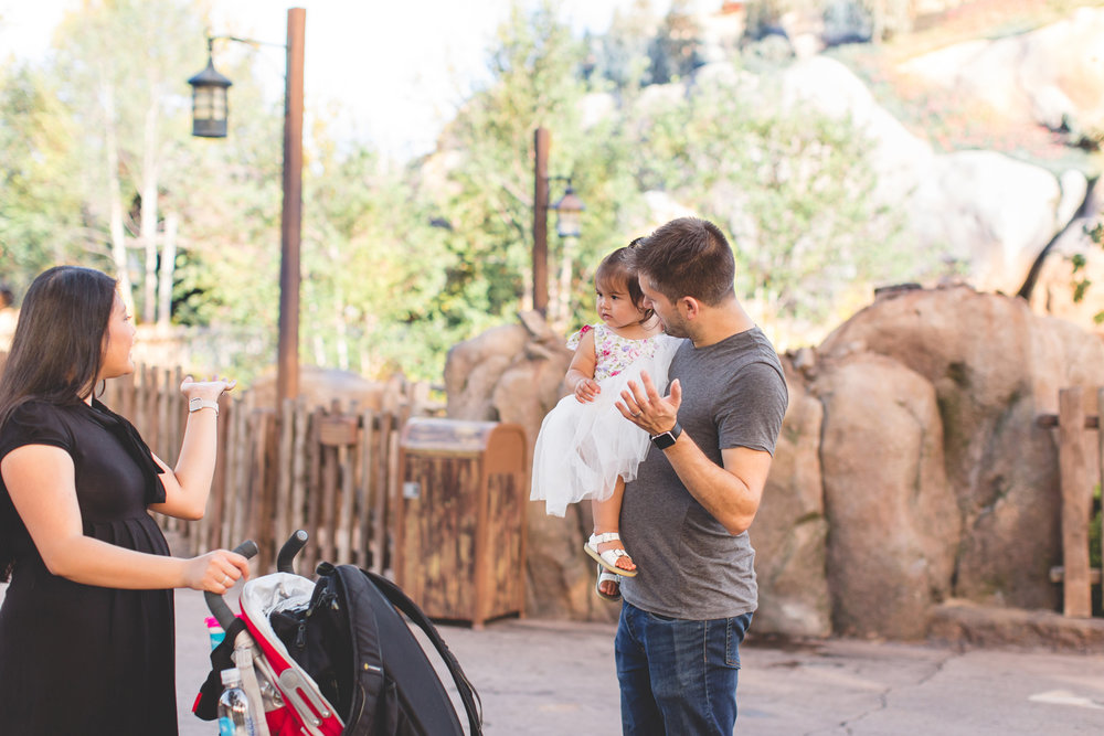 Jaime DiOrio - Disney Family Session - Orlando Family Photographer - Magic Kingdom Family Session - Documentary Photographer (36).jpg