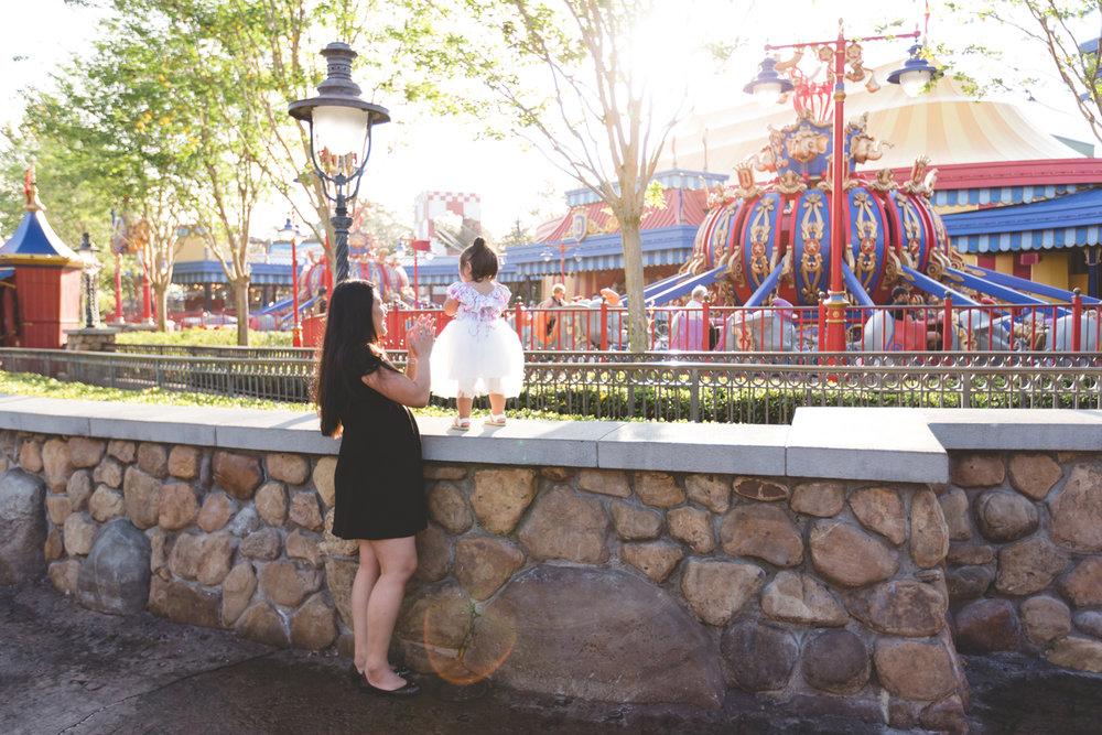 Jaime DiOrio - Disney Family Session - Orlando Family Photographer - Magic Kingdom Family Session - Documentary Photographer (56).jpg