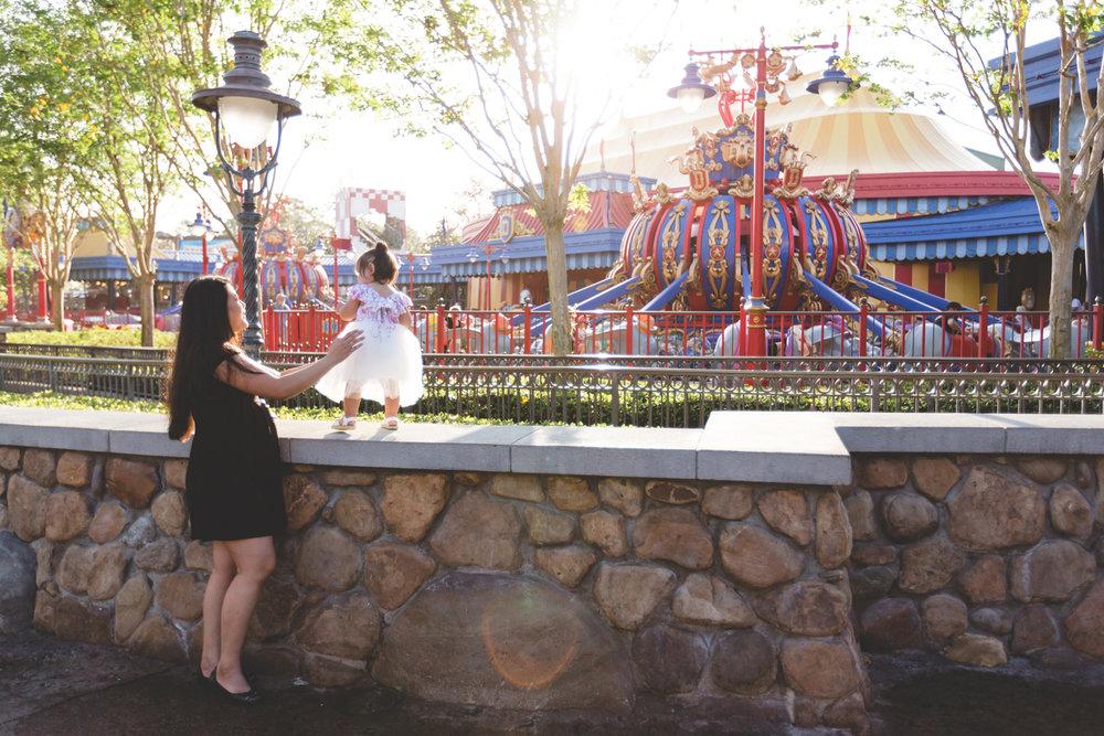 Jaime DiOrio - Disney Family Session - Orlando Family Photographer - Magic Kingdom Family Session - Documentary Photographer (57).jpg