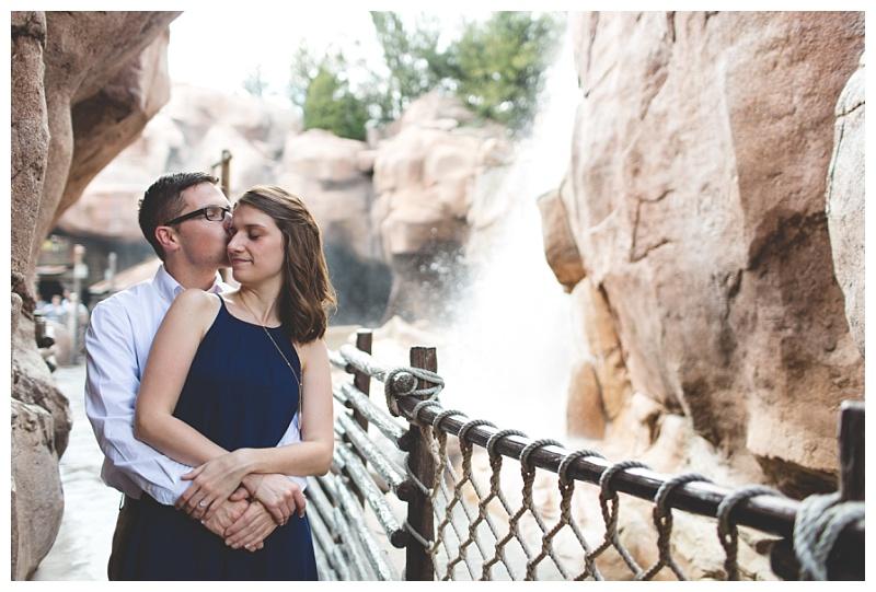 disney-epcot-engagement-photography-engagement-kisses.jpg