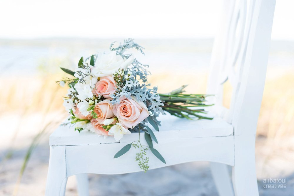 Alaa + Jad - Ottawa Beach Bridal Shoot (Ali Batoul Creatives)_Stomped.jpg