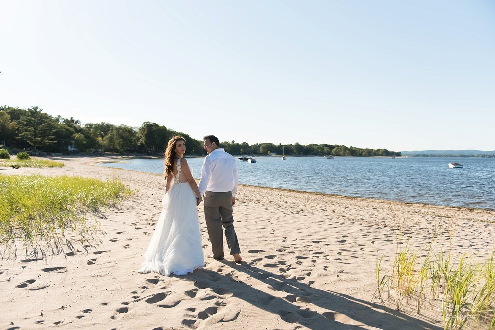 Alaa + Jad - Ottawa Beach Bridal Shoot (Ali Batoul Creatives)-45_Stomped.jpg