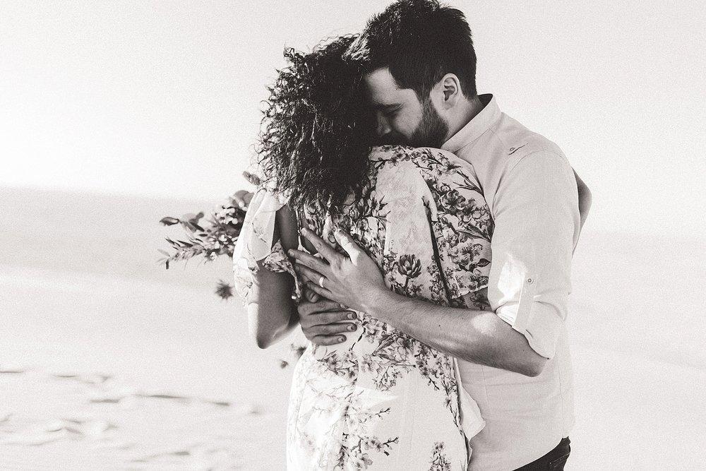 Singing Sand Dunes Desert Love Shoot   Ali and Batoul Photography_0031.jpg