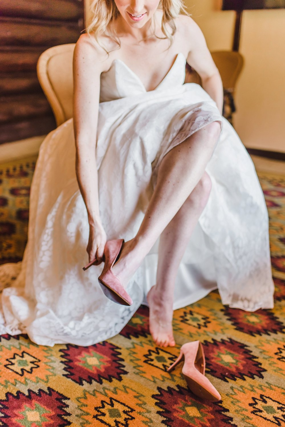 light airy indie fine art ottawa wedding photographer | Ali and Batoul Photography_0055.jpg
