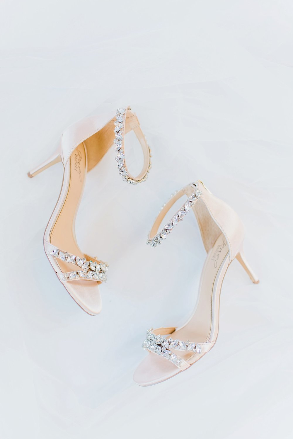I loved Kaylea's choice in  Badgley Mischka  bridal shoes!