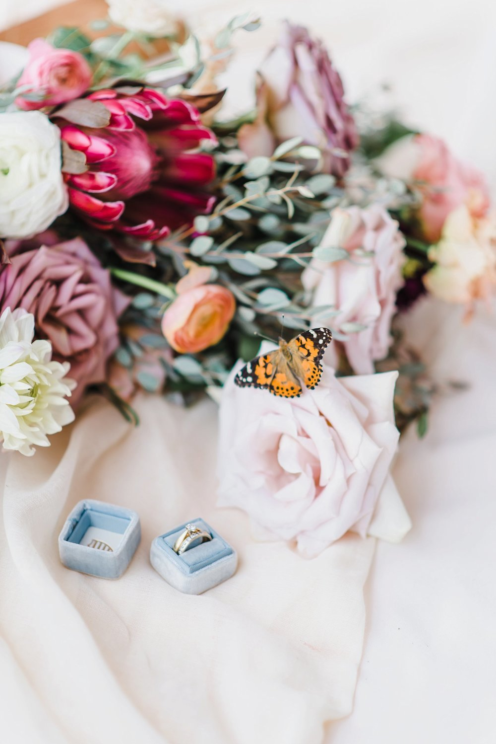 light airy indie fine art ottawa wedding photographer | Ali and Batoul Photography_0346.jpg