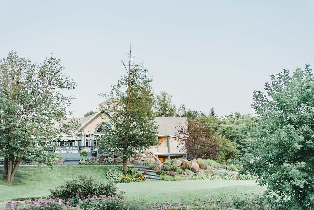 After the ceremony, we sped off to the Hawkesbury Country Club for the reception and had plenty of time to photograph the beautiful space before guests arrived.