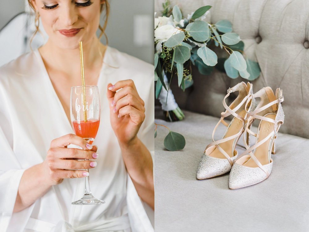 Laura exuded the happiest-bride-alive feels.  Their  Orchard View Wedding  was everything classic and beautiful.  Oh, and lots of fancy fascinators for the win!