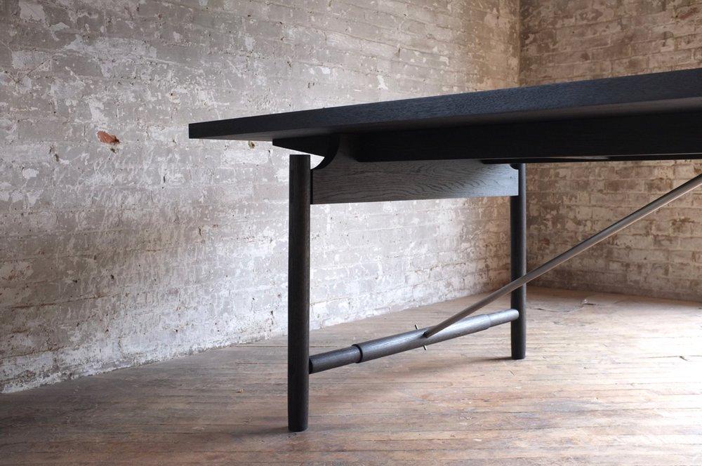 Tucket Table