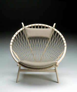 PP 130 - Circle Chair