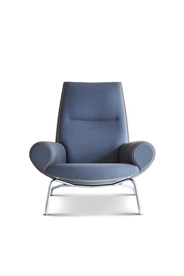 Erik Jørgensen_Queen Chair_Upholstered_2_FAIR.jpg  sc 1 st  FAIR & QUEEN CHAIR u2014 FAIR