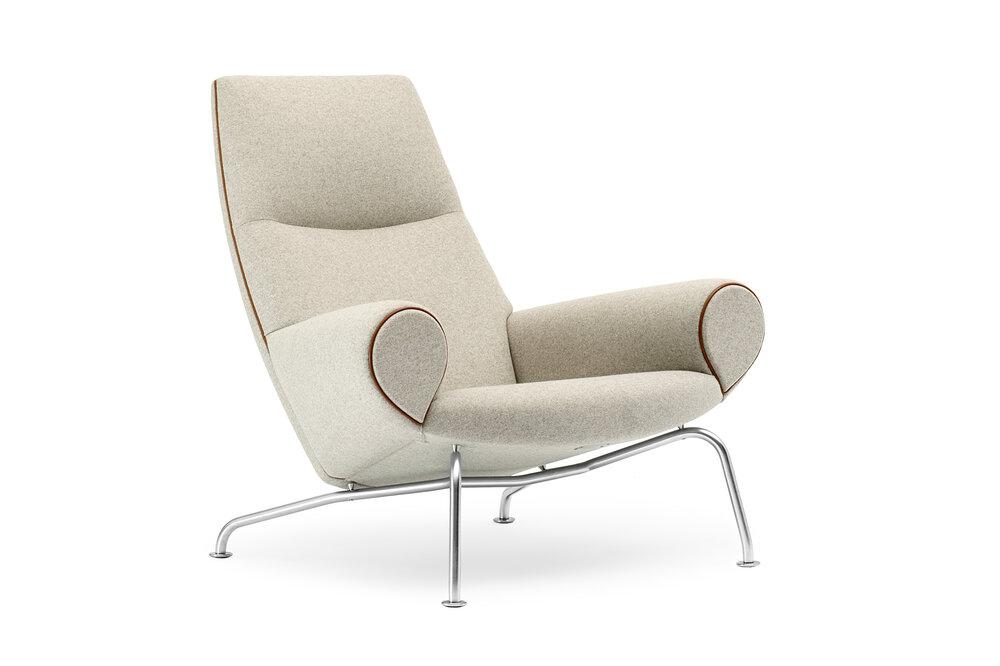 Queen Chair