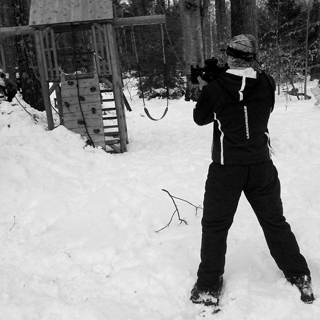 #takingcareofbusiness  #blueteam  #blackandwhiteiscool #snowmap #basetactics
