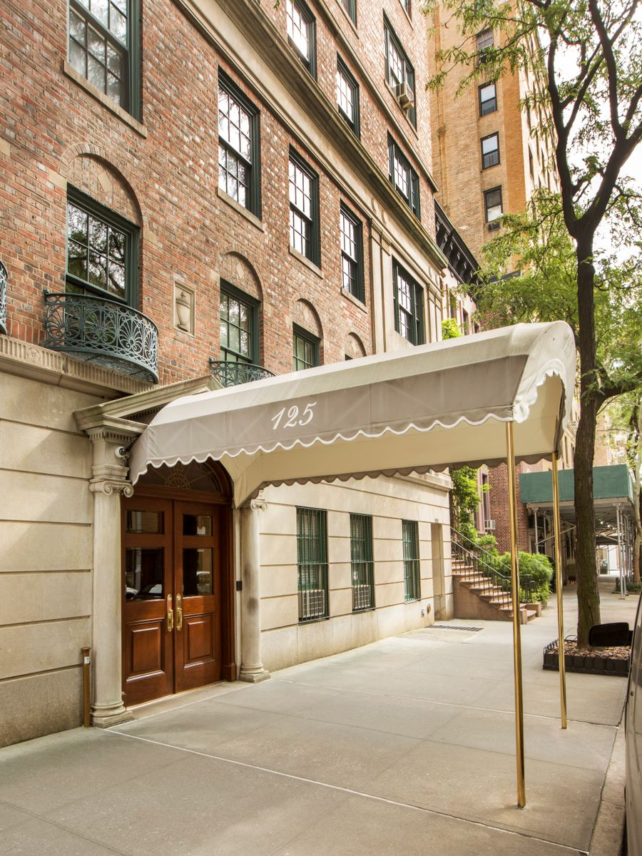 125 EAST 74TH STREET, 8:9A_Luxury NYC Real Estate_Martine Capdevielle_12.jpg