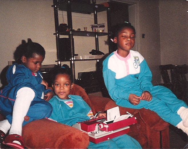 Wisher with sisters Yshonda & Yvette in North Wales, PA, Xmas circa 1987.
