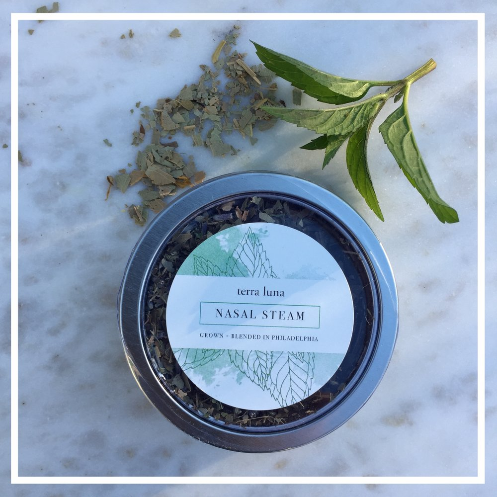 We often look to modern medicine in times of cold, flu, or congestion, but simple natural remedies are often the answer! The Terra Luna nasal steam is a soothing decongestant  perfect for sinus and chest blockage.  - Eucalyptus Leaf, Peppermint Leaf, Lavender Flower