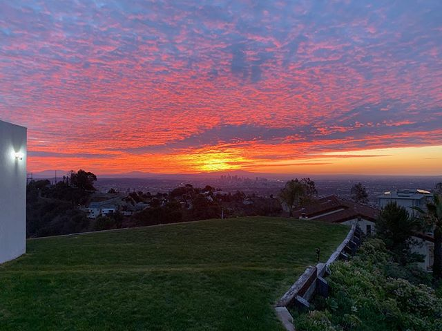 No filter needed this morning at 2460 Sunset Plaza Drive. Available for $6,250,000.  #HollywoodHills #ForSale #RichardNeutra #Sunrise #LARealEstate