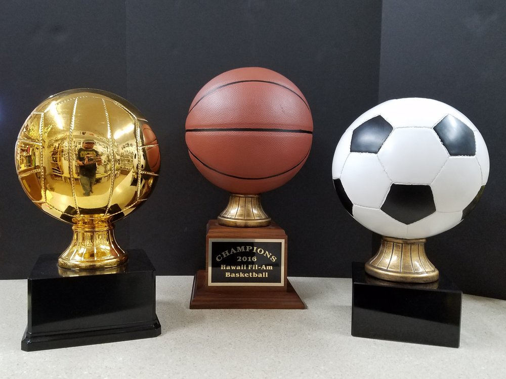 "GOLD VOLLEYBALL (13"") - 162.00, BASKETBALL (16"") - 179.00, SOCCERBALL (13"") -"