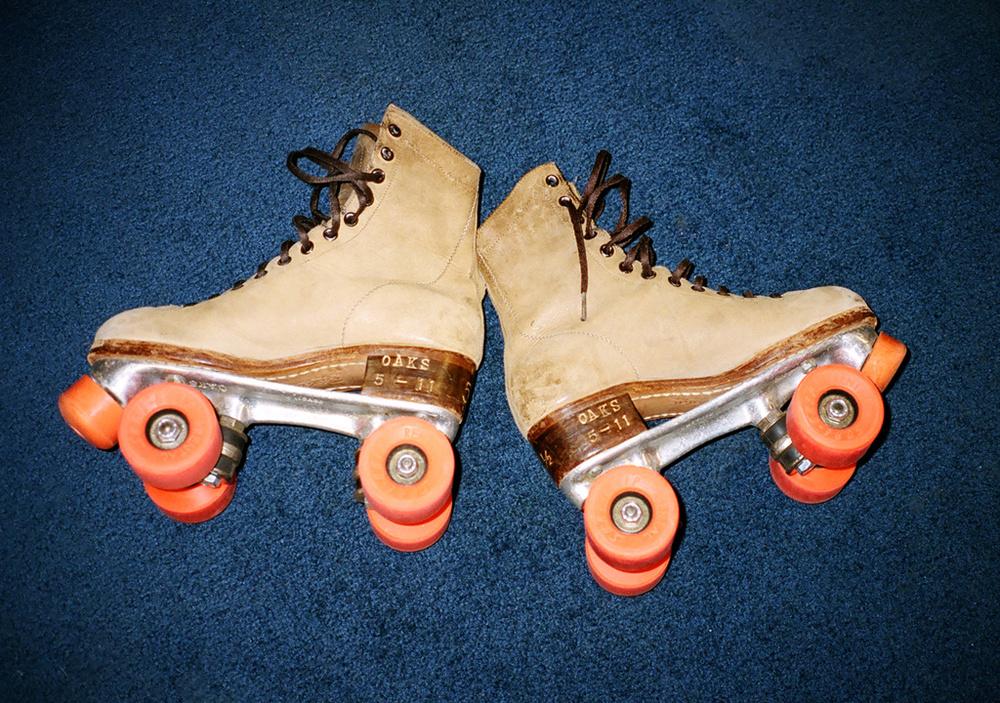 e7bd4ac32a8ec904-skates.jpg