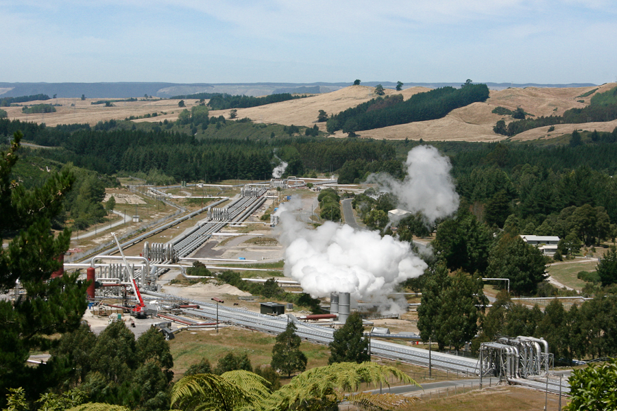 Wairakei_Geothermal_Power_Station-5838.jpg