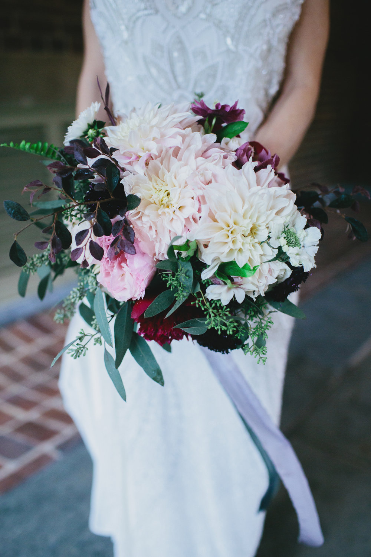 williamsburg-wedding-bridal-bouquet