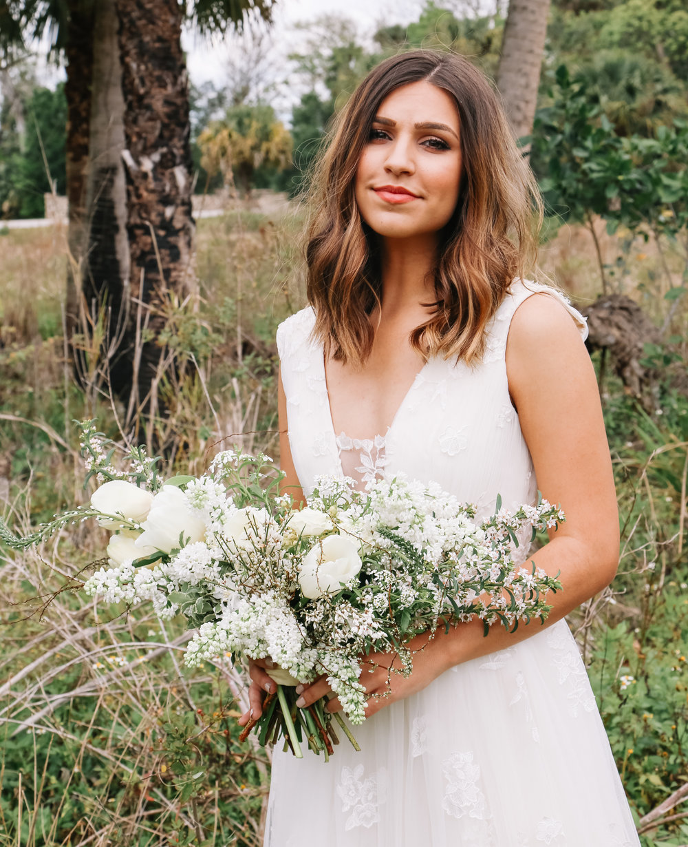 spring-bridal-bouquet-neutral
